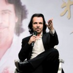 Yanni press conference China 4