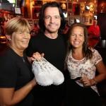 Yanni doa itens para hard rock