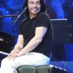 great shot of Yanni